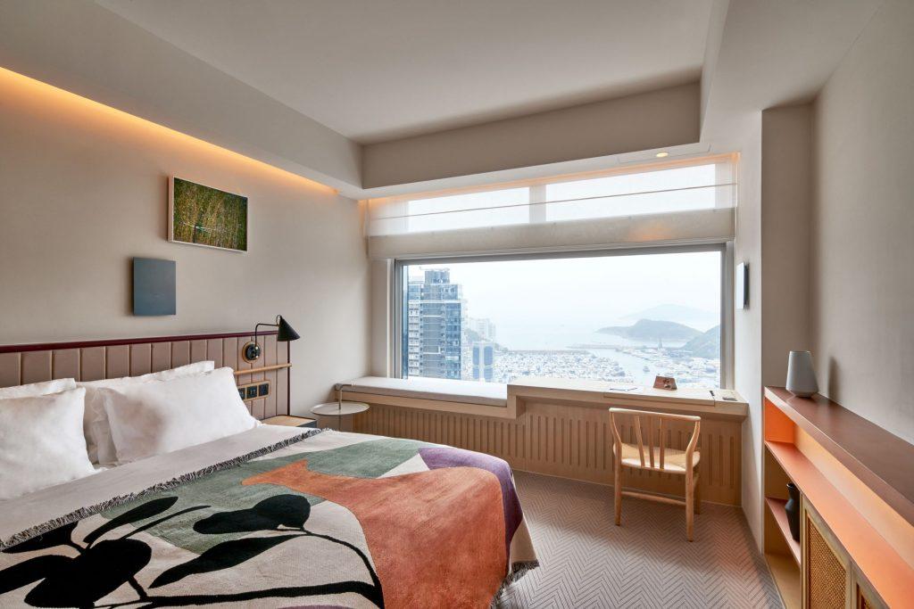 arca hong kong hotel sea signature king bed